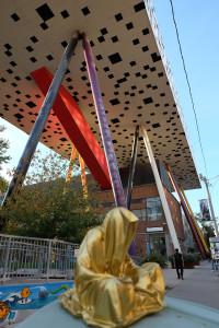 toronto-canata-contemporary-art-arts-design-sculpture-show-guardians-of-time-manfred-kili-kielnhofer-time-keeper-faceless-7761